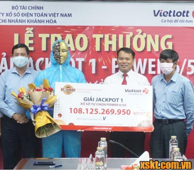 Ông V tại Nha Trang may mắn trúng Jackpot1 khùng trị giá 108 tỷ đồng